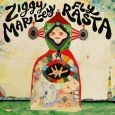 """Ziggy Marley """"Fly Rasta"""" (Tuff Gong Worldwide2014) Neben zahlreicher Projekte wie Ernährungsaufklärung, Kaffe oder Sonnenschutz, all about Hemp, Kindergeschichten und Bücher, Ziggy Marley ist längst mehr als nur der Sohn..."""