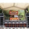 Overjam Festival 2016 Seit fünf Jahren lädt das Overjam Festival in die kleine slowenische Alpenstadt Tolmin ein. Vollbepackt mit Vibes und allem anderen Lebenswichtigen schleppt uns unser alter Ford Focus...