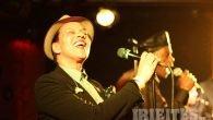 The Selecter – 2-Tone-Legenden in Hamburg Die Geschichte ist altbekannt: The Selecter wurden 1979 in Coventry gründete. Neben Bands wie The Specials, The Beat und Madness gehörten sie mit ihren […]