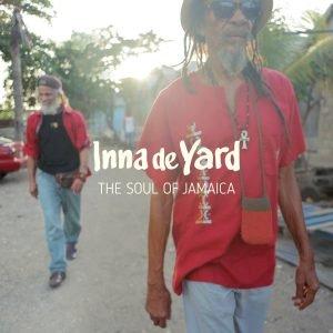 """Inna de Yard """"The Soul Of Jamaica"""" (Chapter Two – 2017) Schon vor Jahren stolperte ich zufällig im Internet über ein YouTube-Video einer Jamsession auf einer Veranda in Kingston. Mein […]"""