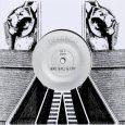 """Deadbeat """"Wail Ball & Cry"""" / """"Dub Ball & Flange"""" – 7 Inch (ZamZam – 2018) Der Kanadier Scott Monteith aka Deadbeat mit Wohnsitz in Berlin hat mich persönlich schon […]"""