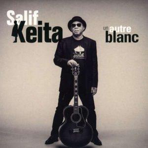 """Salif Keita """"Un Autre Blanc"""" (Naïve Records – 2018) Am Ende wird noch einmal opulent aufgetischt! Der Altmeister Salif Keita legt mit """"Un Autre Blanc"""" sein letztes Studioalbum vor und..."""