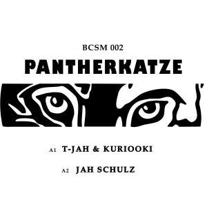 """T-Jah & Kuriooki / Jah Schulz """"Pantherkatze"""" – 7 Inch (basscomesaveme – 2019) Die aktuelle Single aus dem Hause basscomesaveme dürfte auf jeden Fall für Aufhorchen sorgen. Gerade für die..."""