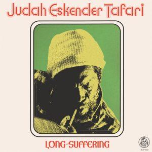 """Judah Eskender Tafari """"Long Suffering"""" (Rhygin Records – 2019) Das neue Album von Judah Eskender Tafari als ein lang erwartetes zu bezeichnen ist pure Untertreibung. Sein vermeintliches Debüt für den..."""