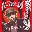 """Alpheus """"The Victory"""" (Liquidator Music– 2020) Es gibt Kombinationen aus Künstlern und Producern, die einen bei Ankündigung einer neuen Scheibe in kindliche Vorfreude versetzen. Robert Sanchez, der hier an den..."""