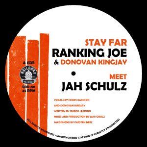 "Ranking Joe & Donovan Kingjay meet Jah Schulz ""Stay Far"" – 7 Inch (Railroad Records – 2021) Ende 2019 kam der feine Tune ""Chanting"" von Donovan Kingjay meets Jah Schulz […]"